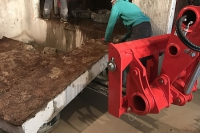 nettoyage du chantier après découpe d'une paroi en béton